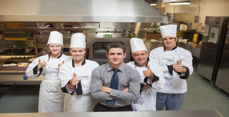 chefs-group-thumbs-up-780
